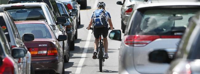 cyclist_car_wide