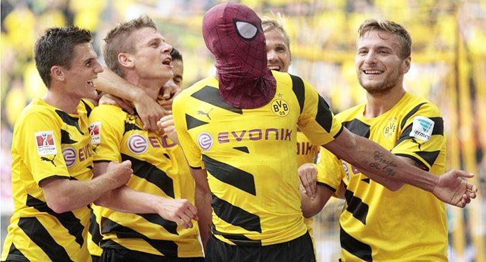 Cele mai simpatice manifestări de bucurie din fotbal
